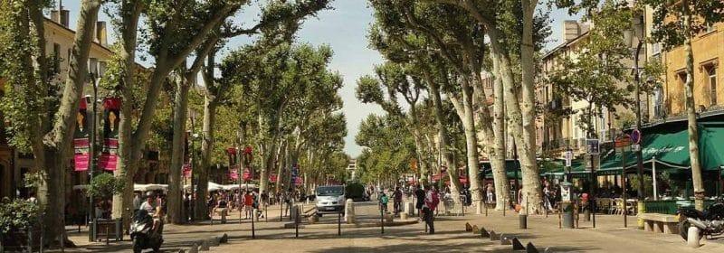 Cour Mirabeau à Aix en Provence