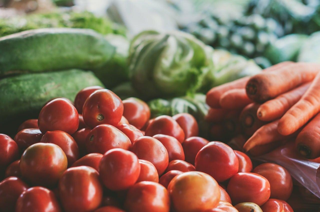 Les légumes cultivés par les agriculteurs locaux sont les matières premières du restaurant